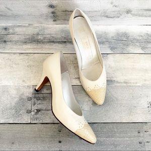 Bruno Magli   Vintage Cream & Snakeskin Heels 8